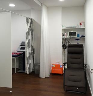 Therapie- und Notfallraum